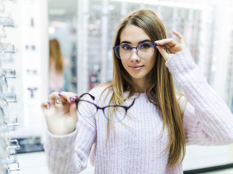 Dlaczego warto zakupić okulary uoptyka?